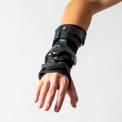 IMC Lacer Wrist Brace